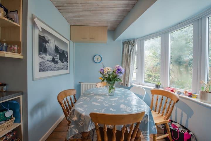 Weatherstone cottage: a hidden gem.