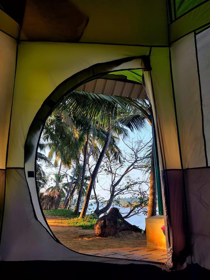 Swarna Dweepam- Riverside Camping Tents Homestay