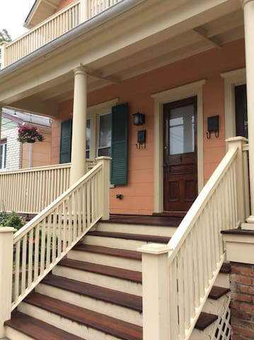 Ocean Grove 2BR - Walk to beach  & Asbury Park