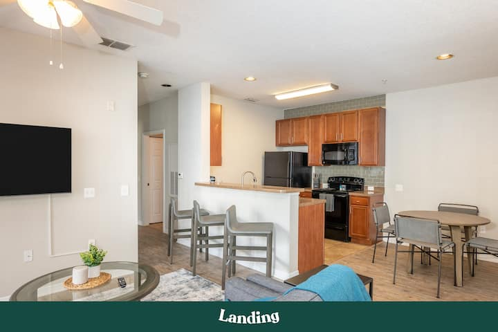 Landing | Modern Apartment with Amazing Amenities (ID1731)