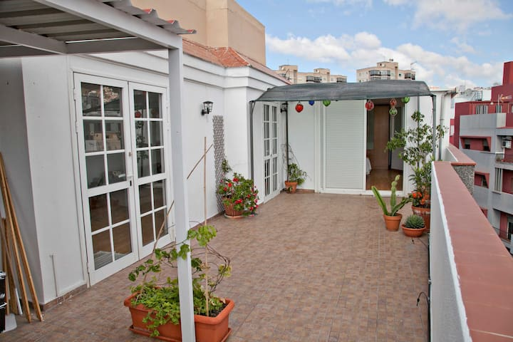 Attic with terrace in the city center - Santa Cruz de Tenerife - Apartment