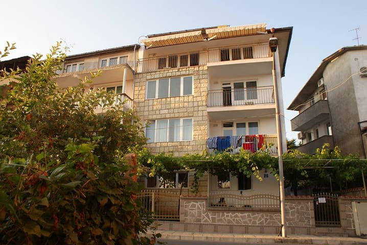 guest house SARIEVI - Tsarevo - Pension