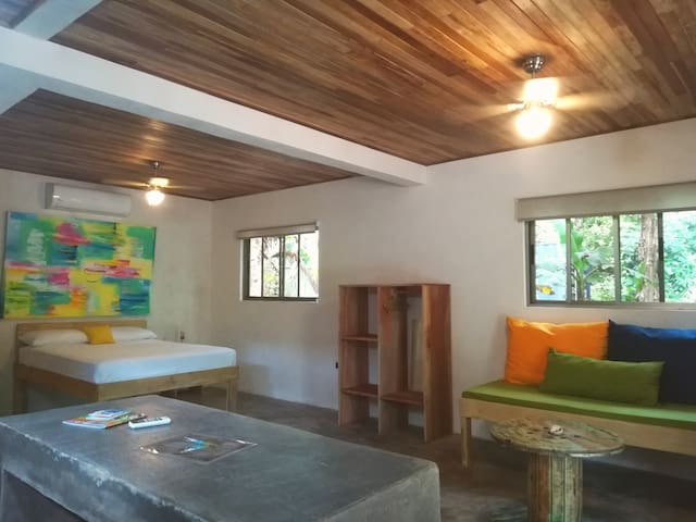 Shakti 4 , fully equipped bottom floor apartment