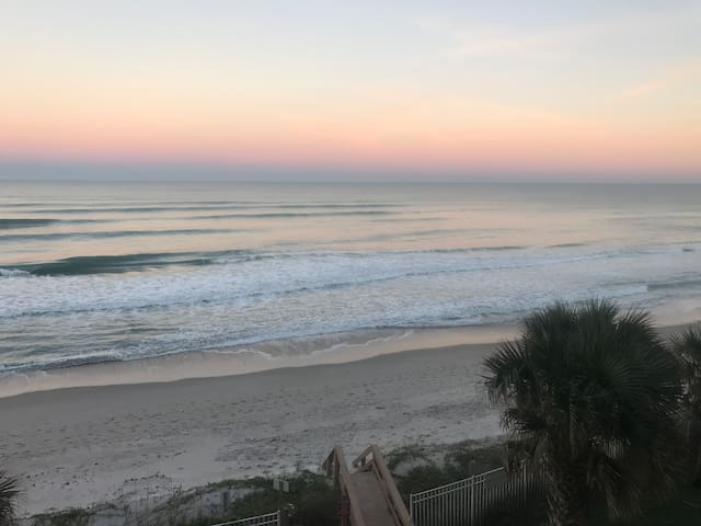 OCEAN FRONT CONDO IN SUNNY CENTRAL FLORIDA