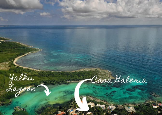 Casa Galeria, just a short walk to Yalku Lagoon and Half Moon Bay. Enjoy snorkeling adventures from the water's edge of this coral-filled bay, swim with the turtles and at night be enamored by the stars above!