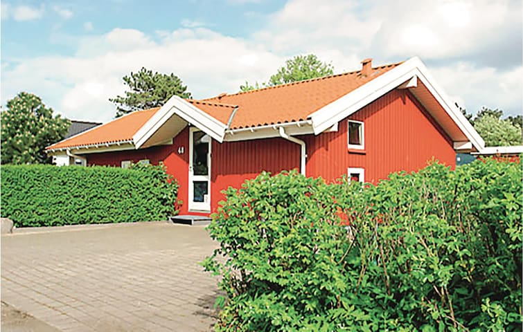 Holiday cottage with 2 bedrooms on 70m² in Nyborg