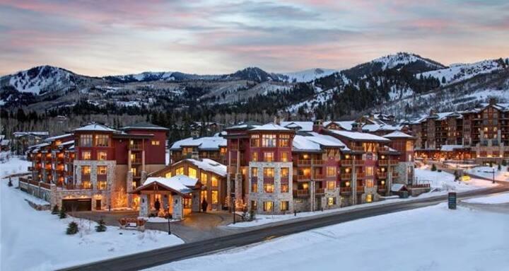 Deluxe Hilton Studio Ski In/Out. Sundance Festival