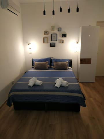 Studio apartment with double bed