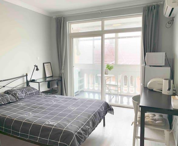 大阳台 全新一房厨卫独用公寓 近11/15号线 可长租
