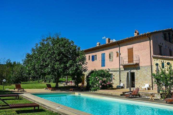 Unique country villa - Newly refurbished + pool