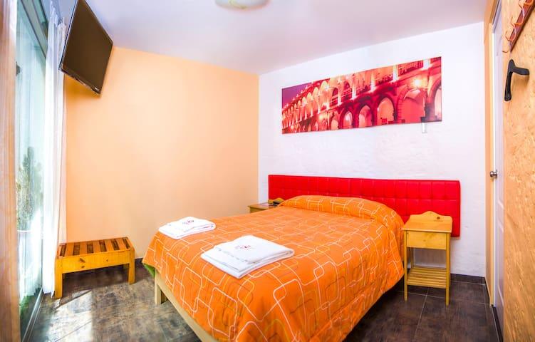 Nice and Cosy Double Room Ensuite @LeFoyerAQP