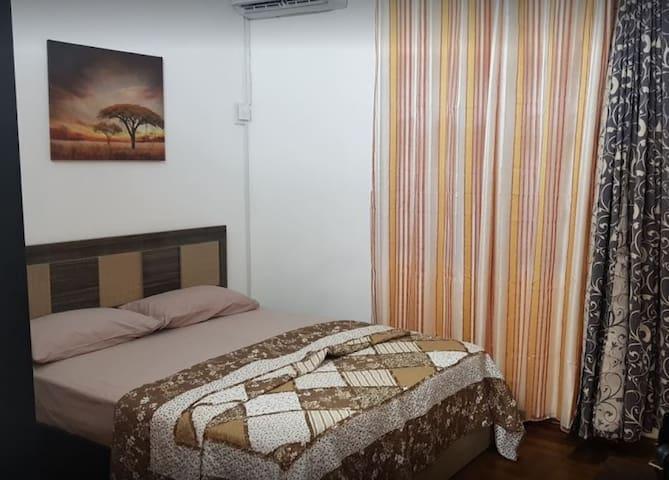 Hotsop Apartment