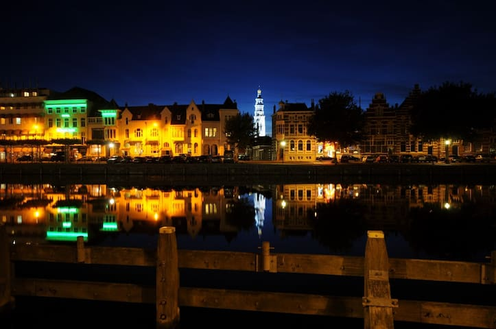 Middelburg by night