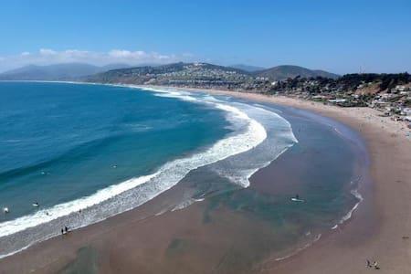 Maitencillo Punta Surf