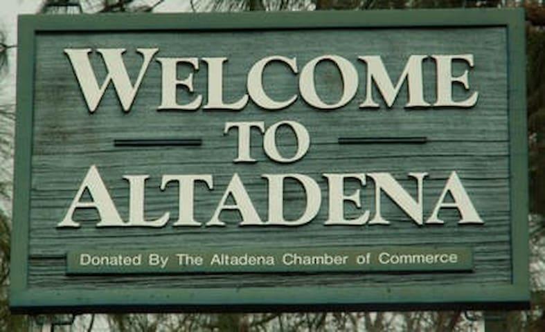 Altadena Guidebook