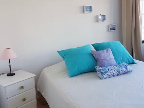 Cozy Bright Double Room: Surf & Hiking