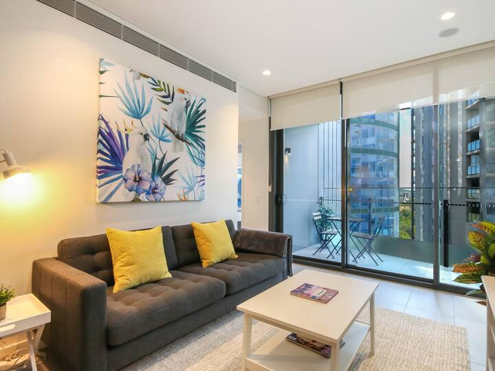 Gorgeous Brissy CBD Apartment with Rooftop Pool