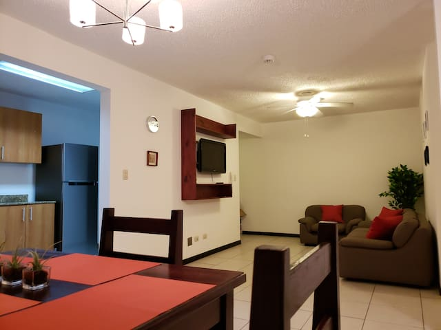 Modern up to 3 people apartment on gated community