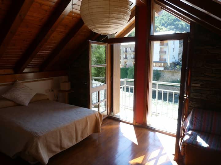 Casa en el Pirineo, Esquí y Rafting