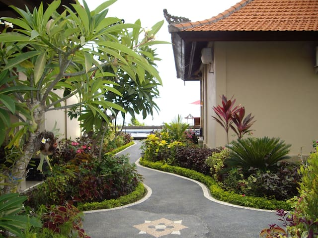 Magic View Bungalows Candidasa