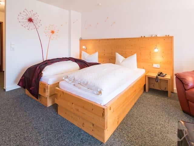 Hotel Hochwald, (Bad Liebenzell), Doppelzimmer Classic