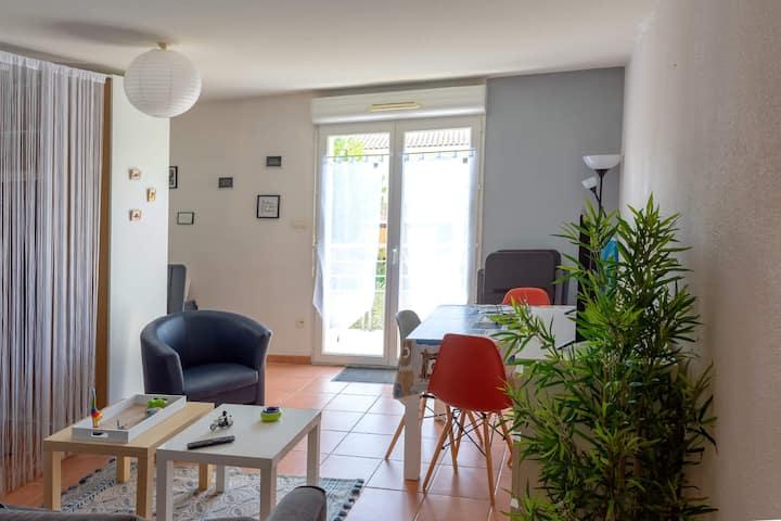 Carcassonne, bel appartement au calme