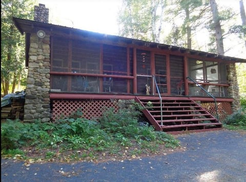 Cabin in the Seven Acre Woods