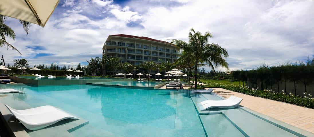 Beautiful ocean views & luxury resort facilities.