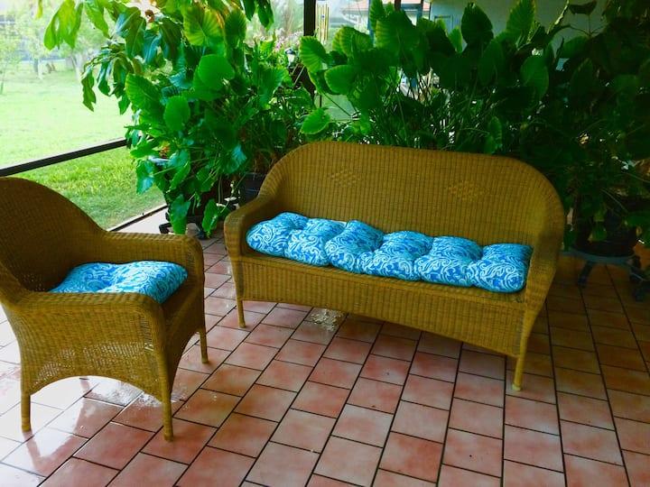 Cape Coral Cozy Quiet Private Efficiency Apartment