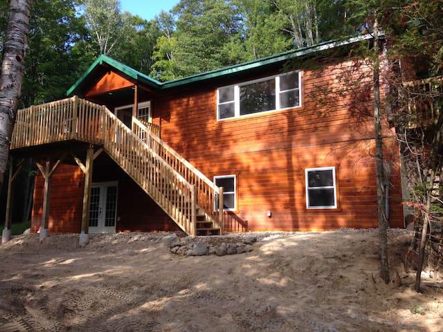 Buckshot Lake Home/cottage