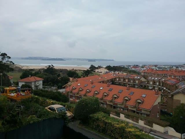 Adosado en Loredo con vistas al mar - Loredo - Rumah