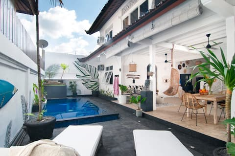 New! Seminyak, 1 Bed Private Pool, Walk to Beach