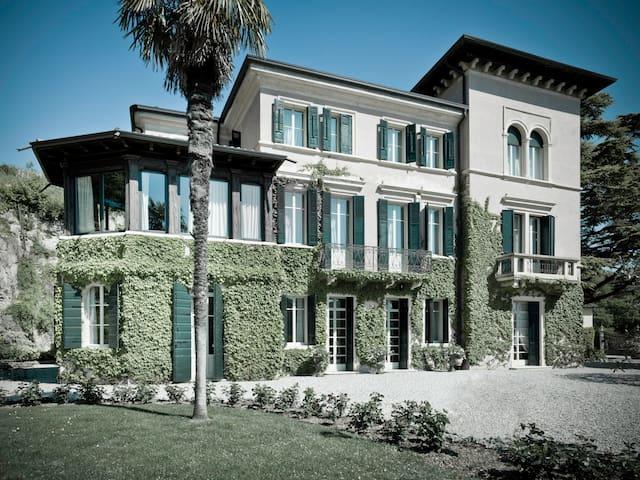 Verona Hills -  Wifi - Parking-Garden (RF2)