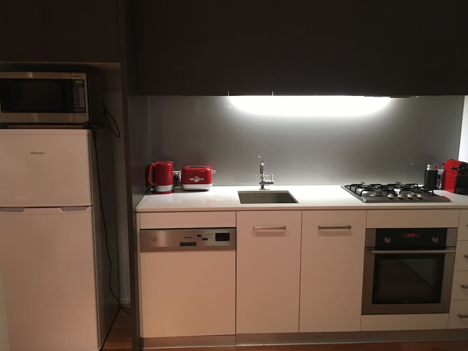 Tea & Toaster Oven and Dishwasher.