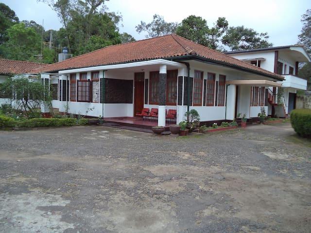23 Suramya - Colonial Bungalow - Bandarawela