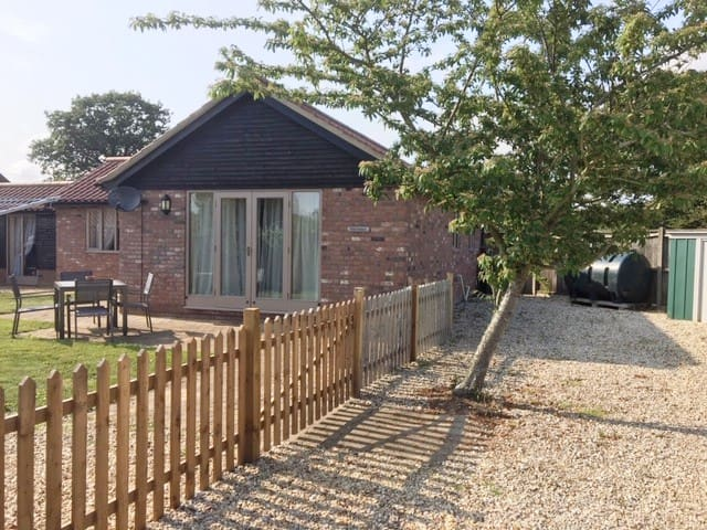 The Gatehouse, luxury 2-bed apartment mid-norfolk