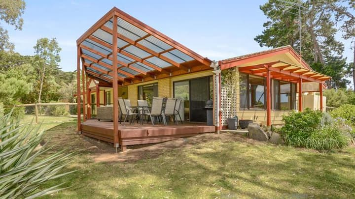 Pet Friendly Rural Hideaway in Victor Harbor