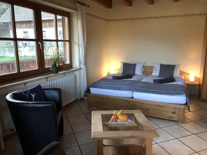 """Kempfenhof, (Seelbach), Ferienwohnung """"Sonnenschein"""", 80qm, 2 Schlafzimmer, max. 5 Personen"""