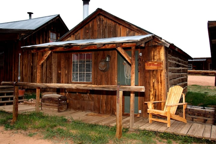 The Foreman Cabin circa 1906: authentic western