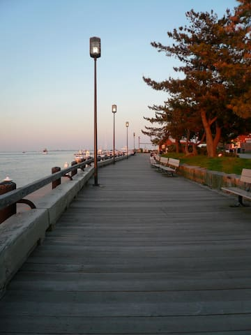 Newburyport has a beautiful Harborside walk which runs the length of the city.  There are many summer time festivals held here including Yankee Homecoming.