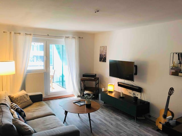 Designer 2 Zimmer Wohnung Hannover Südstadt Balkon