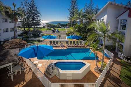 Ocean Front Holiday Apartment for Rent - 伯利岬(Burleigh Heads) - 公寓