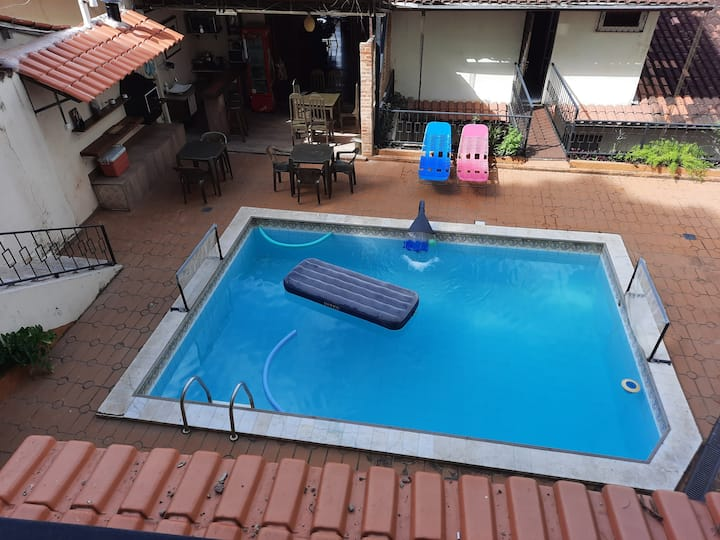 Loft,  sinuca,  piscina privativa churrasqu , wifi
