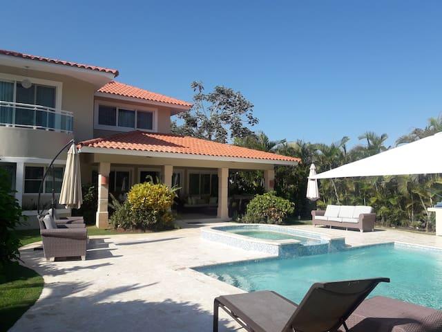 PuntaCanaisFUN Luxury 5BR Villa @ Punta Cana