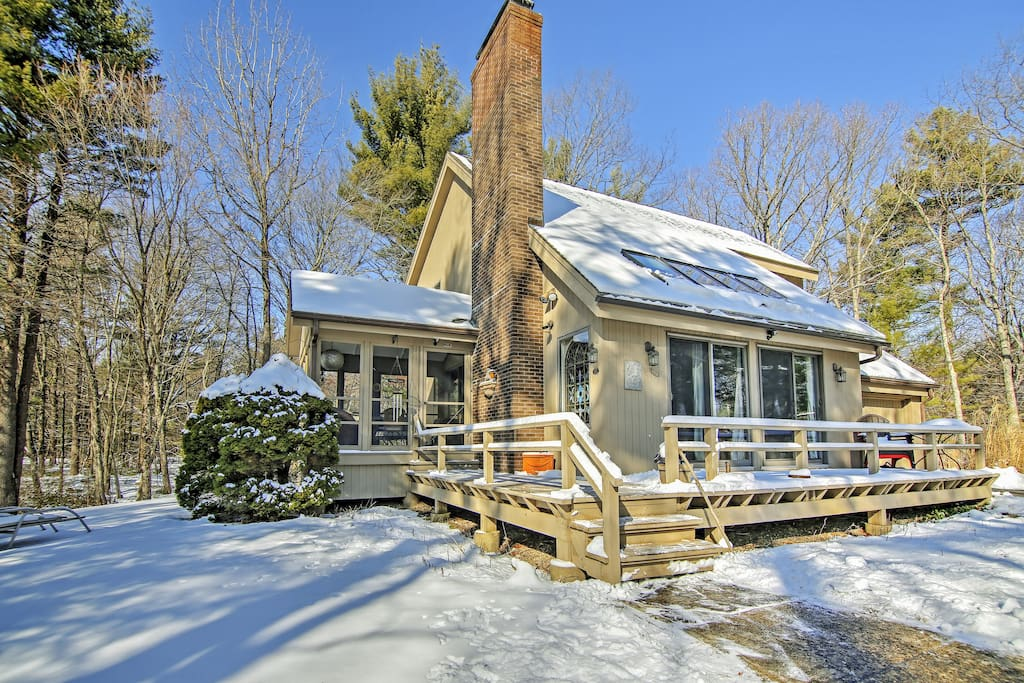 This property is the perfect retreat - no matter the season!
