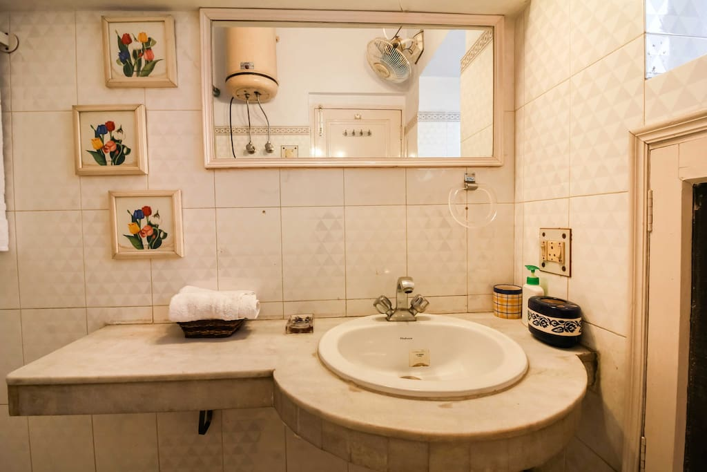 Bathroom Room 3