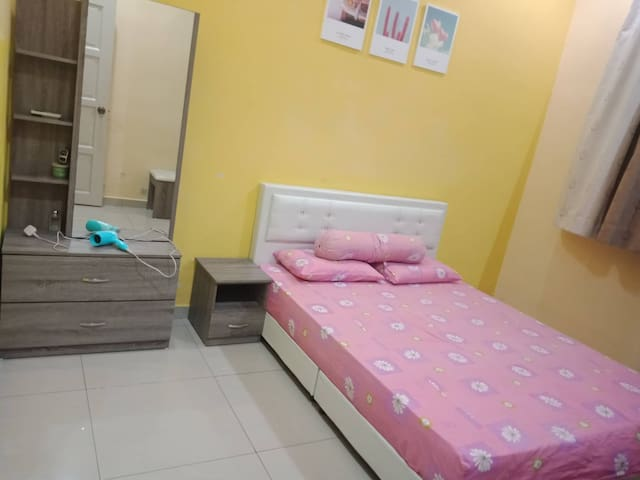 bedroom 1 with air conditioner