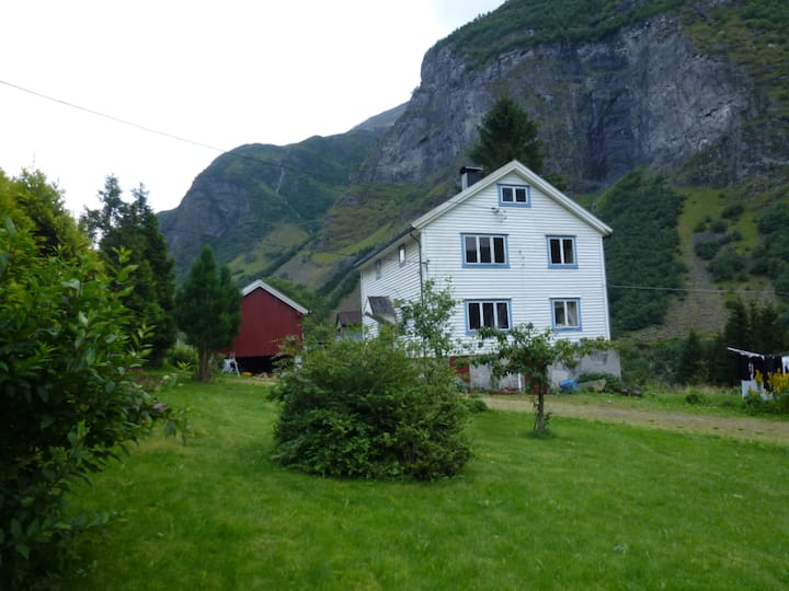 Hjødlo gard - Beautiful and relaxing