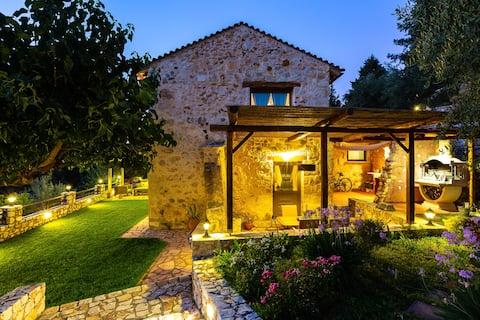 Vrisali Traditional Stone Villa Heated Pool