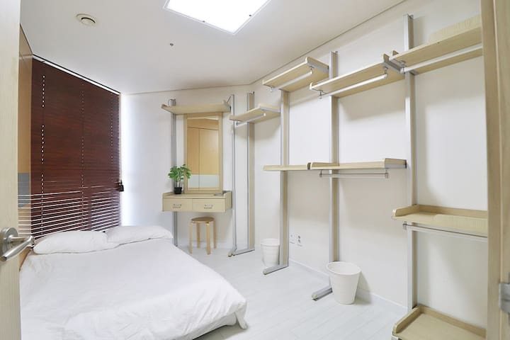 Room 2 ( Bed 2 ) with closet and dressing table